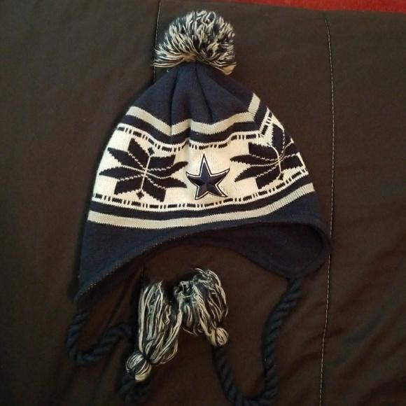 87abcbe88c407f NFL new era Dallas cowboys winter hat. M_5a60b82300450f392c98894d